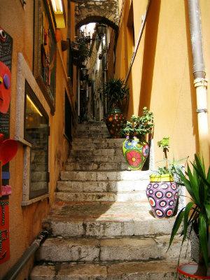 Spiritual staircase